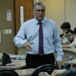 Professors Rubens Penha Cysne, Lucas Maestri and Humberto Moreira talk to EPGE undergraduates about graduate courses at EPGE - 06/04/2019