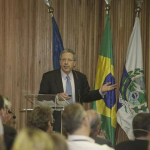 """Seminário """"Why globalization has not reduced income disparit?"""" - 12/03/2014"""